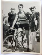 VIGNETTE JEUX OLYMPIQUES J.O BERLIN OLYMPIA 1936 PET CREMER DUSSELDORF BILD 61 CYCLISME ROBERT CHARPENTIER - Trading Cards