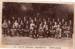 MONTLUCON LES MAITRES SONNEURS BOURBONNAIS (JOUEURS DE VIEILLE) - Montlucon