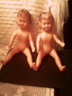 2 Jolies Poupées Jumelles Années 60/70 - A Habiller - - Poupées