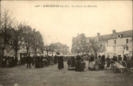 44 - ANCENIS - Marché - Ancenis