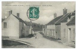 77 - CHATEAU-LANDON - LE PETIT NERONVILLE - Entrée Du Pays - CPA - Chateau Landon