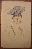 Très Joli Dessin Ancien Représentant Une Femme Avec Un Chapeau, Signé Léon, à Dater (sur Carte Postale) - Drawings