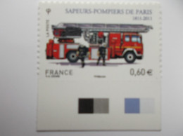 2011 : AUTOADHESIF : 602 : CAMION Avec GRANDE ECHELLE , XX , En Très Bon état , Avec Bord De Feuille - Francia