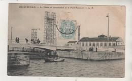 OUISTREHAM - Le Phare En Construction Et Le Pont Tournant - Ouistreham