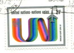 Nations Unies 1972 - Poste Aérienne YT 18 (o) Sur Fragment - Oblitérés