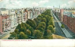 BOSTON - Commonwealth Avenue - Boston