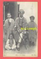 ALGERIE - Arabe Et Ses Enfants - Editeur: Imp. Phot. NEURDEIN Et Cie - Paris     (4192) - Algérie