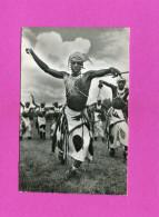 RUANDA URUNDI   1950 ETHNIQUE   DANSEUR WATUSI  CIRC OUI  EDIT - Ruanda-Urundi