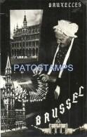 36595 BELGIUM BELGIQUE BRUXELLES COSTUMES OLD WOMAN & MULTI VIEW POSTAL POSTCARD - Belgium