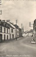 CPSM Trégunc - Rue De Pont-Aven - Trégunc