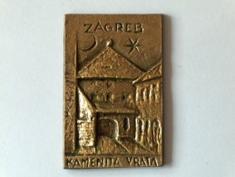 PLAQUE CUIVRE ZAGREB KAMENITA VRATA CROATIE - Jetons & Médailles