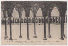 CPSM 50 MONT SAINT MICHEL Abbaye Le Cloître Promenade Des Moines - Le Mont Saint Michel