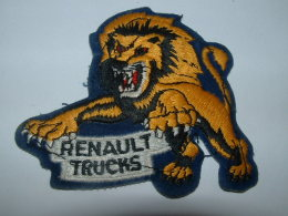 RENAULT TRUCKS -  4-02 - Ecussons Tissu