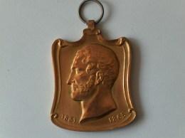 PLAQUE A LEOPOLD 1 Er LA VILLE D OSTENDE RECONNAISSANTE 5 AOUT 1901 1831 - 1865 - Jetons De Communes
