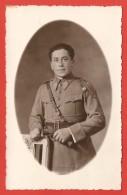 Carte Postale Militaria - Portrait Studio D'un Sous-officier - Numéro 106 Sur Les Pattes De Col - Reggimenti