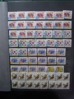 Collection.postage Stamps With A New Album .600 Pieces.Australia+New Zealand With Or Without Album.album -12 Euro - Stamps