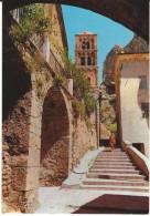 Alpes De Hautes Provence 04 MOUSTIERS SAINTE MARIE CPM 817 Gorges Du Verdon, Une Rue Et Son Clocher- 2 Scans - Other Municipalities