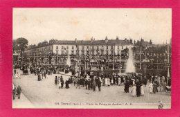 37 INDRE-ET-LOIRE TOURS, Place Du Palais De Justice, Animée,  (A. B.) - Tours
