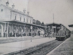 CPA 24 Dordogne Sarlat La Gare Train Locomotive Pli En L'état - Sarlat La Caneda