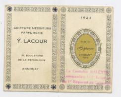 """CALENDRIER PETIT 2 VOLETS 1962 DISTRIBUÉ PAR Y. LACOUR COIFFEUR À ANNONAY, AVEC PUB """"PARFUM ESPACE DE CHERAMY PARIS"""" - Petit Format : 1961-70"""