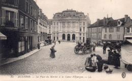 AUXERRE LA PLACE DU MARCHE ET LA CAISSE D'EPARGNE - Auxerre