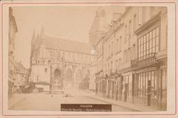 """Falaise (Calvados) - Photo Ancienne """" Place Du Marché - Eglise Saint-Gervais  """" Format 9,5X14,5 Cm - Ancianas (antes De 1900)"""