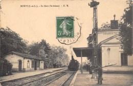 37- MONTS -  LA GARE ( Intérieur) - Andere Gemeenten
