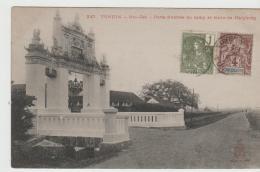 FAS042/ Mischfrankatur (2 Ausgaben) 1907. Fotokarte Eingangspforte Haiphong (Tonkin) - Indochina (1889-1945)