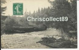 Carte Postale :  Lac Des Settons - Le Saut De La Cure - Montsauche Les Settons