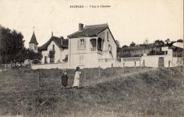 RIORGES VILLA ET CLOCHER - Riorges