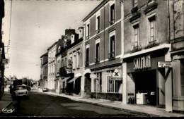 44 - BLAIN - Rue Aristide Briand - Blain