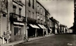 44 - BLAIN - Rue De Nantes - Blain