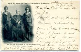 NOUVELLE BRETAGNE NOUVELLE POMERANIE - Mgr Coupé Avec Ses 2 Canaques - Petit Séminaire De Florette - Papua New Guinea