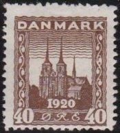 Denmark             Yvert     125             *               Mint-hinged  /  Ongebruikt - 1913-47 (Christian X)