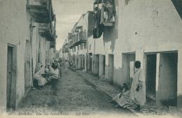 DZ BISKRA / Rue Des Ouled-Naïls / - Biskra