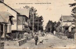 44 LA BAULE  L'Avenue De Pierre Percée (1) - La Baule-Escoublac