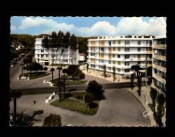 44 - LA BAULE - Place Des Palmiers - La Baule-Escoublac