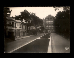 44 - LA BAULE - Avenue De Pavie - La Baule-Escoublac