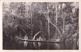 AMAZONAS - ORINOCO : PIAROS INDIANS NAVIGATING / CANOE - CARTE VRAIE PHOTO / REAL PHOTO POSTCARD ~ 1930 - '50 (u-153) - Venezuela