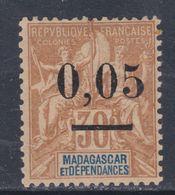 Madagascar N° 52  I X  Timbre Surchargé :  0.05 Sur 30 C., Type I Sans Charnière, TB - Madagascar (1889-1960)
