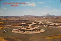 AEROPORT / AIRPORT / FLUGHAFEN   NEWARK - Aerodrome