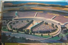 AEROPORT / AIRPORT / FLUGHAFEN       LA GUARDIA - Aerodrome