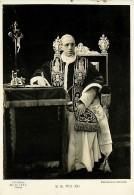 PAPA PIO XII ALLO SCRITTOIO IN POSA AUSTERA.  VIAGGIATA 1941 - Popes