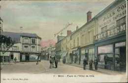 MÉRU - 17 - Place De L´Hôtel De Ville (colorisée) - Meru
