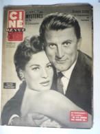 """Ciné Revue 35-e Année  N° 28 / 15 Juillet 1955 Kirk Douglas Et Bella Darvi Vedettes Du """"Cirque Infernal"""" - Cine / Televisión"""