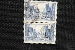 Perfin France Lochung Paire Port La Rochelle  N°261  Perforé AG94 - Perforés