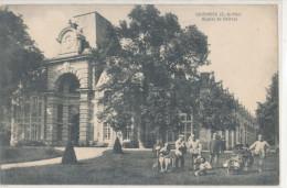 COURANCES   Hôpital Du Château   Animée - Sonstige Gemeinden