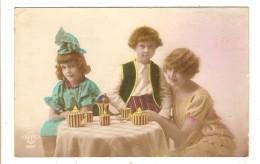 CARTE POSTALE ANCIENNE FANTAISIE - FEMME - ENFANT - SERVICE A THE - Women