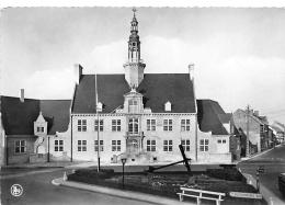 OOSTDUINKERKE  MAISON COMMUNALE - Oostduinkerke