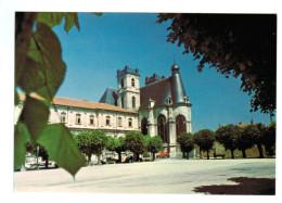 10506  Cpm   SAINT MIHIEL  :  Eglise St Michel , Place Des Moines   ACHAT DIRECT !!! - Saint Mihiel